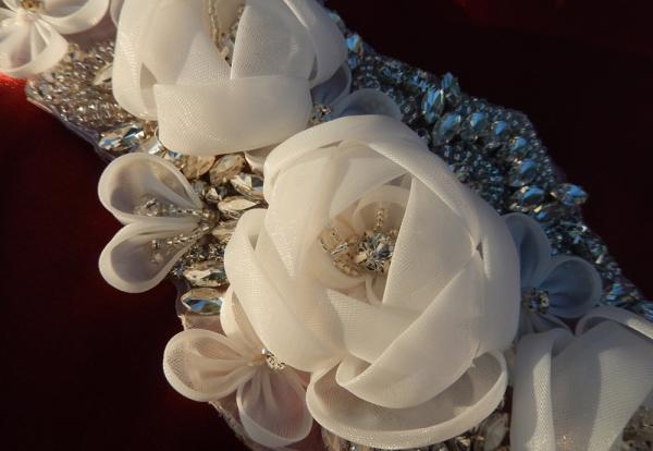 Красивые цветы из органзы своими руками
