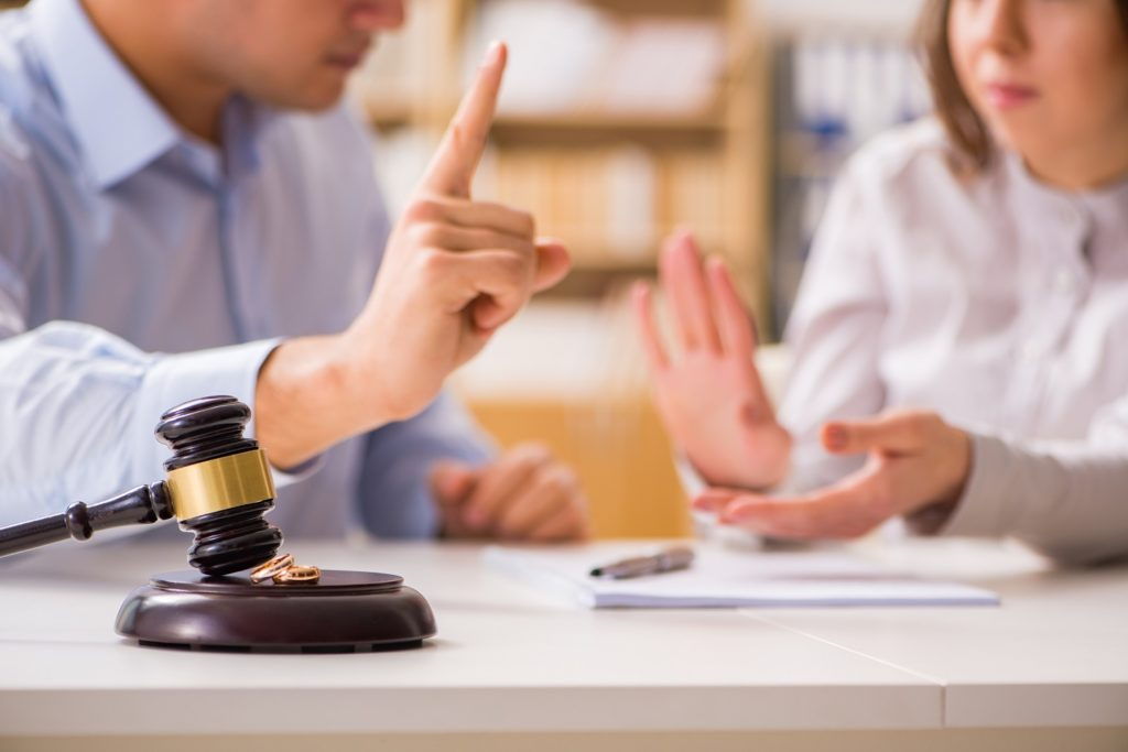 адвокат по семейным делам мурманск
