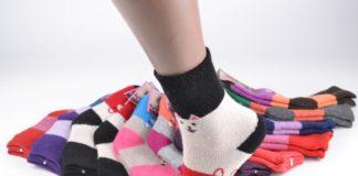 Как выбрать красивые детские носочки и следы
