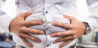 При диарее организм теряет много жидкости и электролитов, которые необходимо пополнять.