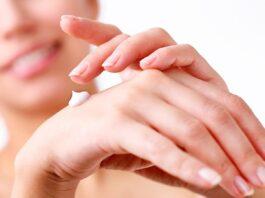 Правильный уход за кожей рук после 30